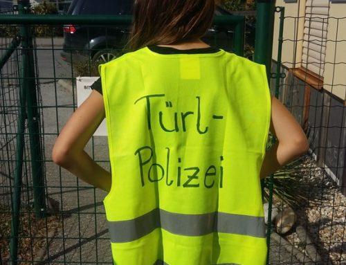 Achtung, Türl-Polizei!